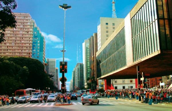 Avenida Paulista fechada aos domingos: você é contra ou a favor?