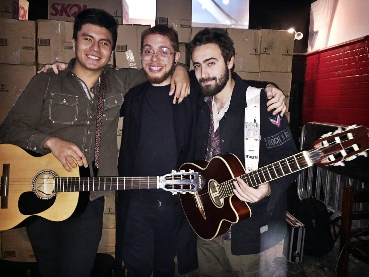 Sarau entre universitários promove música independente