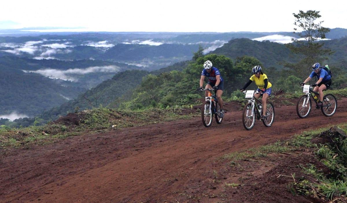 Conheça 5 lugares incomuns para você pedalar pelo mundo