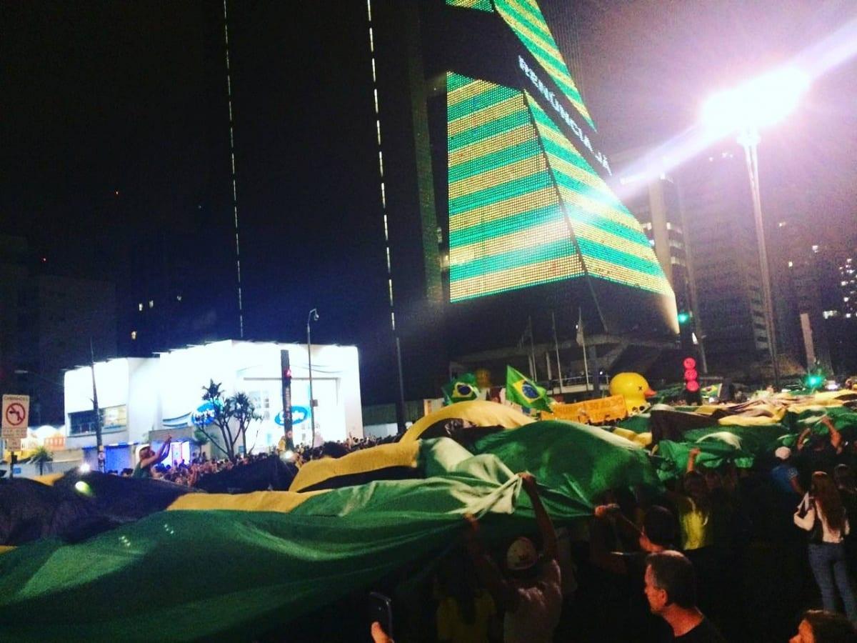 Lula é Indicado a Ministro da Casa Civil e o Povo Vai Para a Rua