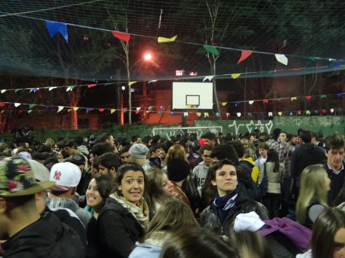 Ocê Gosta de Festa Junina Universitária ?