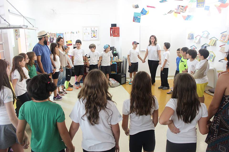 Vai-e-Vem Brasil – Uma Iniciativa Para o Bem da Educação Infantil