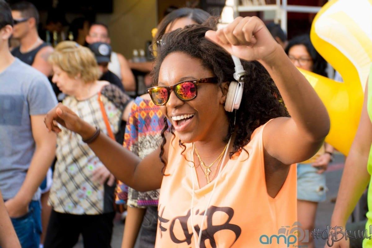 Conheça a DJ Mais Famosa da Anhembi Morumbi