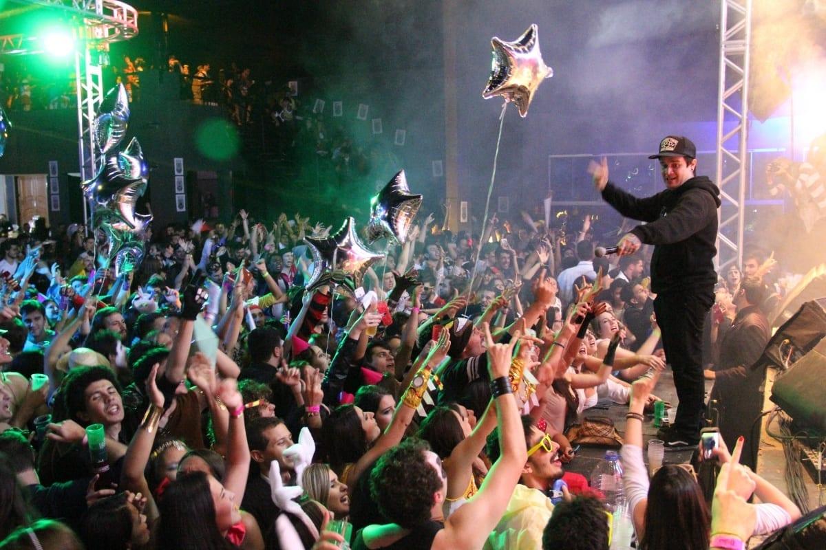 A FEA Fantasy é uma Festa Fora do Normal – Confira Como Foi o Rolê