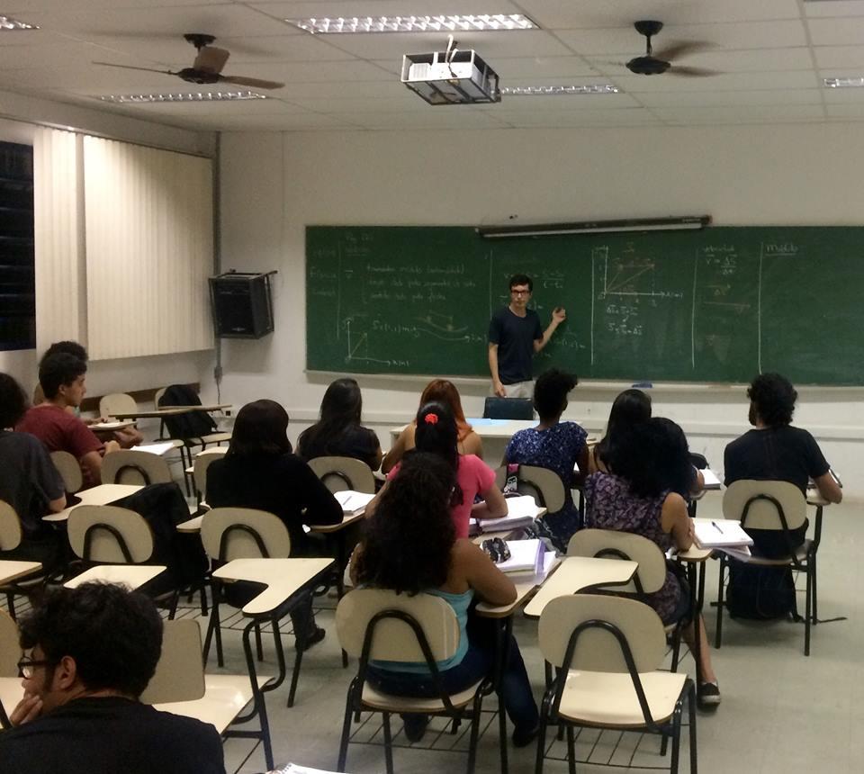 A sala de aula invertida – saiba mais sobre a realidade do cursinho popular da USP