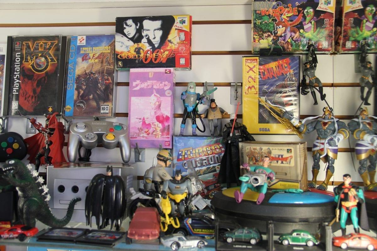 Super Anos 80 – conheça a loja do Portuga, um colecionador nato e apaixonado por videogames