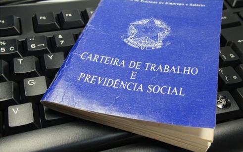 Por que a Reforma Previdenciária é uma furada? Confira a opinião de Ana Luiza Andrade