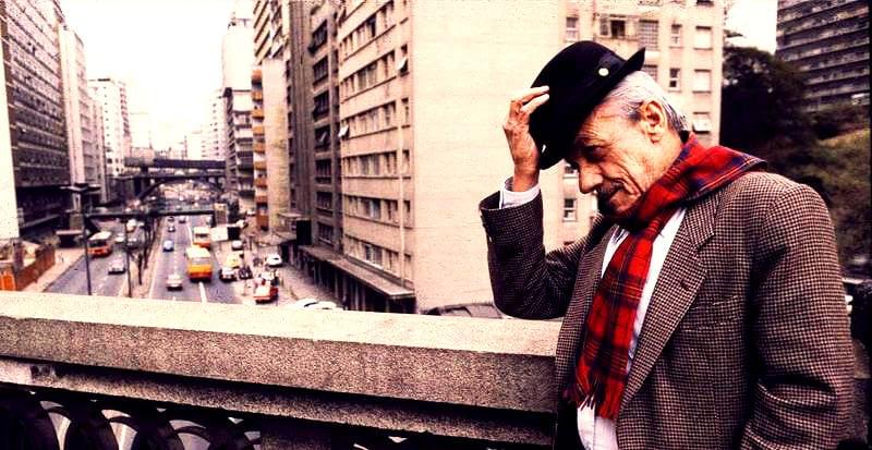 Adoniran Barbosa, o eterno pai do samba paulista