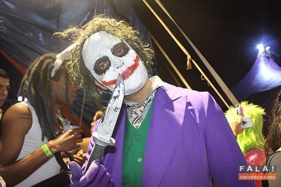 5 motivos para você colar na 'Devaneio Freakshow – O Circo Pegou Fogo!'