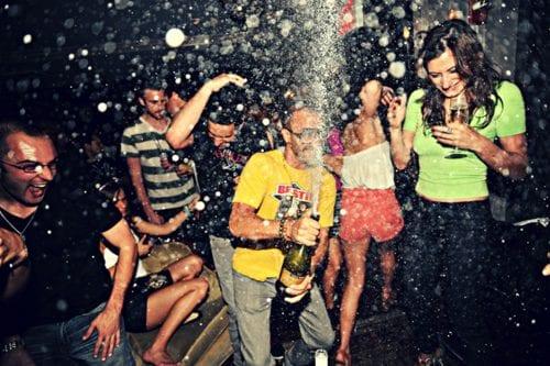 5 motivos para você colar na Arkuss – a nova festa LGBT universitária