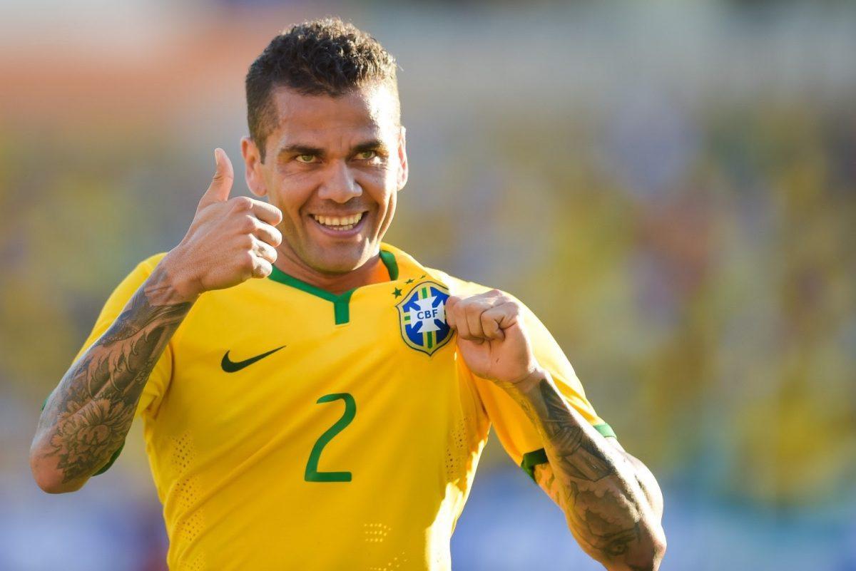 Daniel Alves e a crise da lateral-direita brasileira