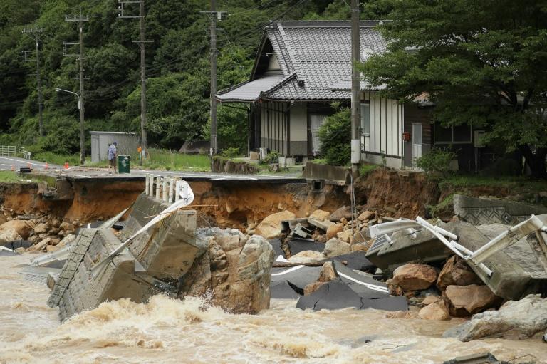 Desastre ambiental: chuva causa mortes no Japão