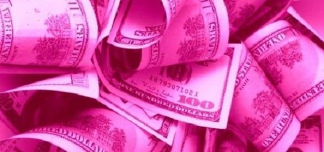 Pink Money ou Militância?