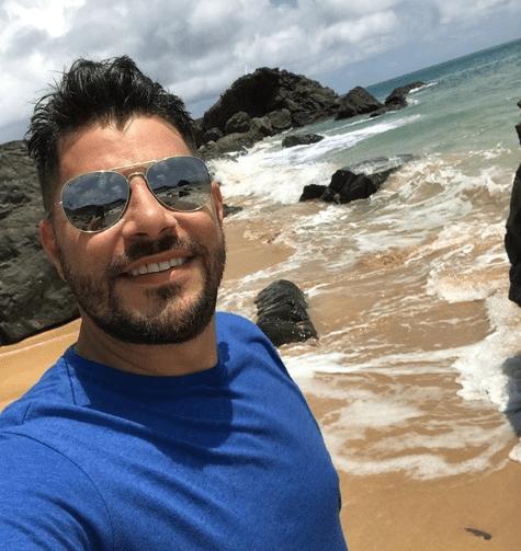 O que faz e por onde anda Evaristo Costa?