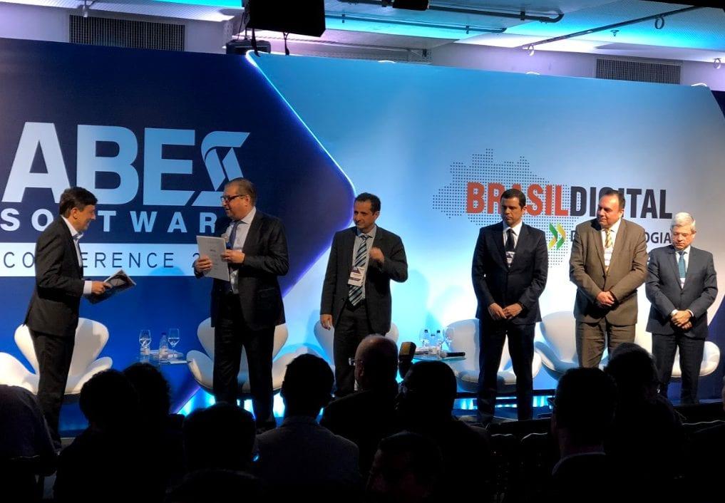 Brasil 2022: Candidatos à Presidência Discutem Tecnologia