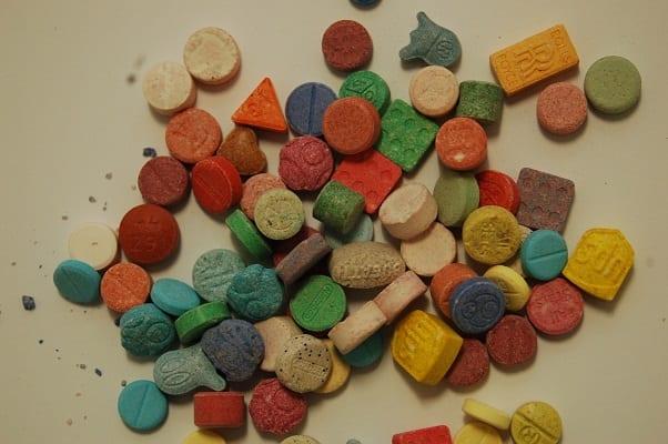 Anfetamina (ecstasy, bala, balinha, MD): efeitos e sensações