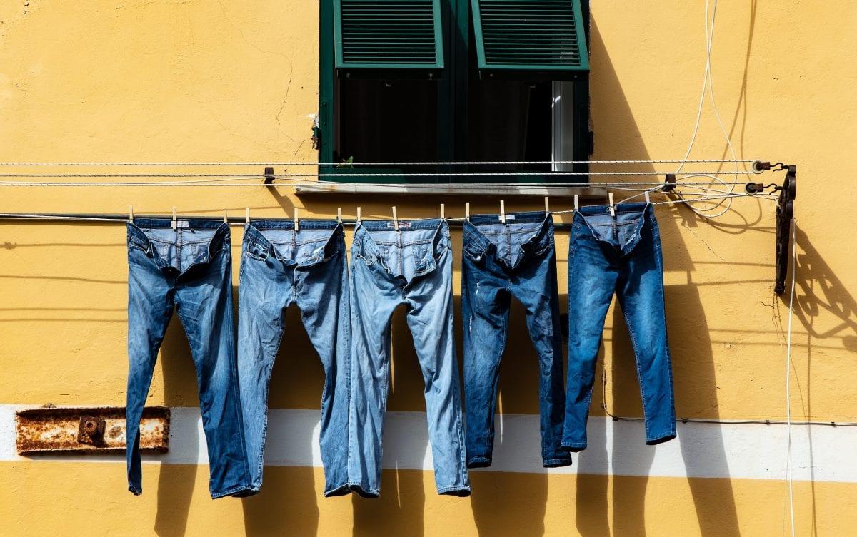 Por favor, me vê 1 litro de jeans!