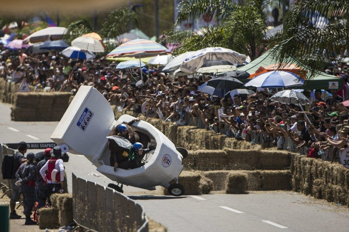 """São Paulo: """"Corrida Maluca"""", com carros sem motor, abre inscrições"""