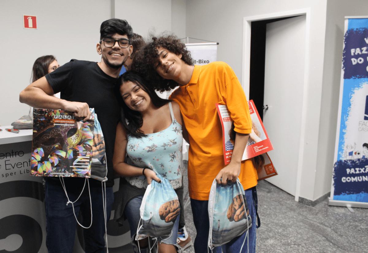 Fala!Universidades participa do Calouro Show na faculdade Cásper Líbero