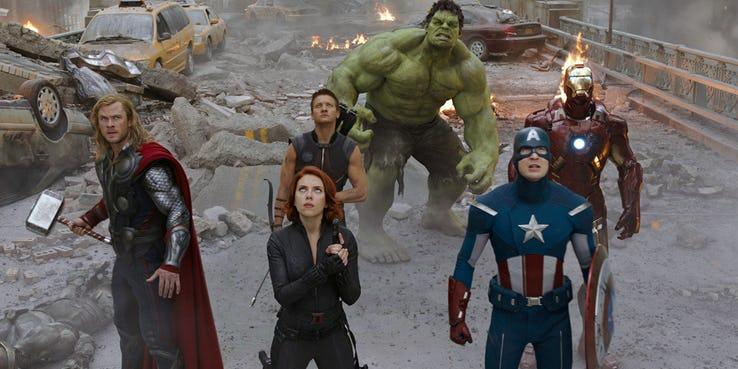 Os Vingadores (2012) é o primeiro filme da sequência vingadores e o último da Fase 1 do MCU.
