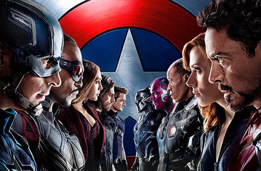 Capitão América: Guerra Civil (2016) narra o fim do grupo Vingadores.