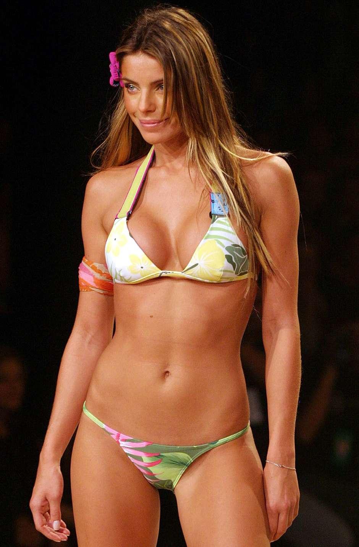 Daniella Cicarelli é modelo, atriz e apresentadora brasileira.