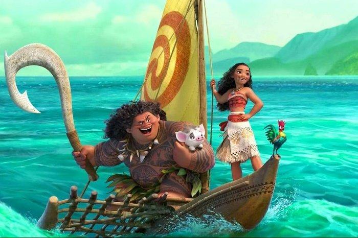 A princesa Moana e Maui durante suas aventuras.