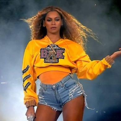 Beyoncé faz 39 anos e fãs a celebram na internet.