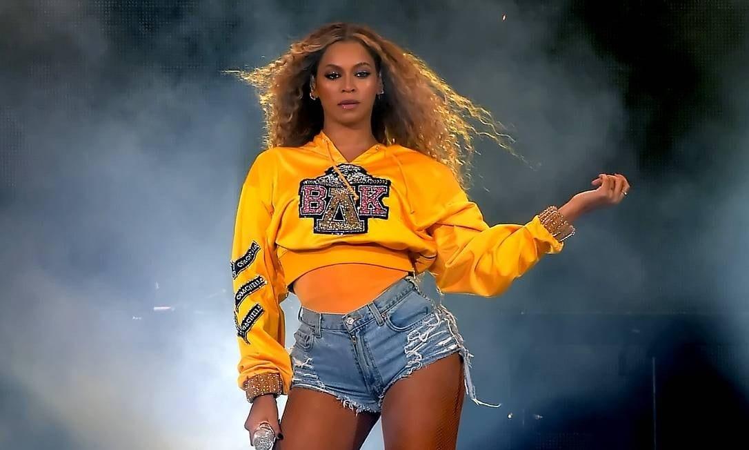 Beyoncé comemora seu 39º aniversário hoje e fãs a homenageiam