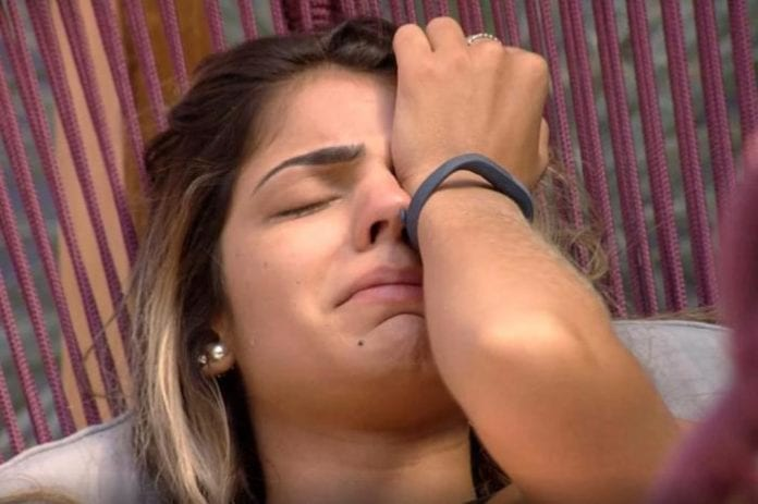 Após briga, Hariany é desclassificada do BBB 19