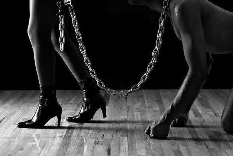 5 Práticas e fetiches sexuais em um guia explicativo