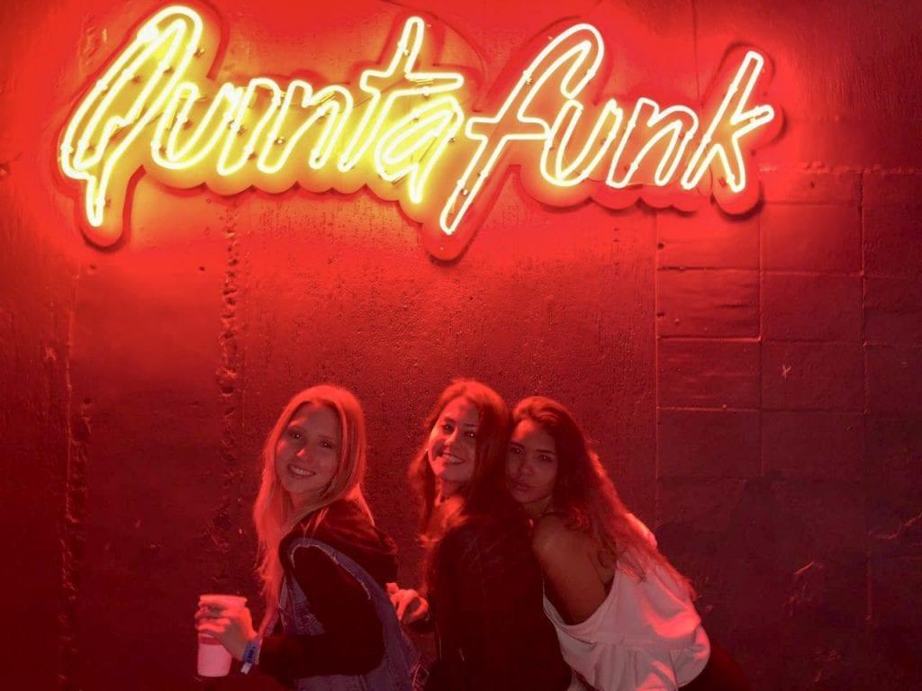 Fotos da festa quinta funk da espm