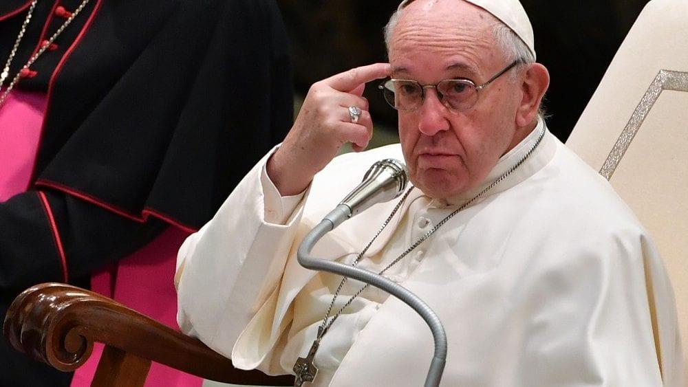 Papa Francisco acusado de heresia, por quê?