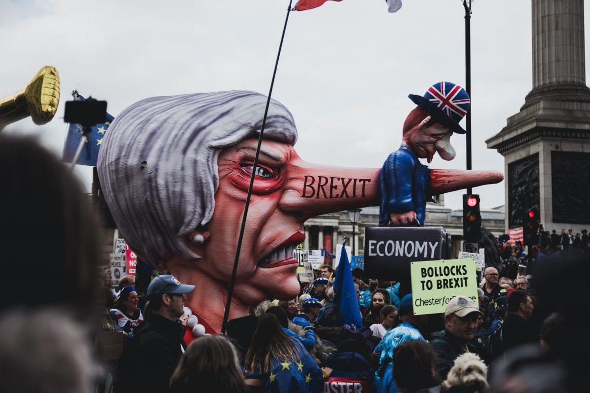 Brexit: Theresa May renuncia ao cargo de primeira-ministra do Reino Unido