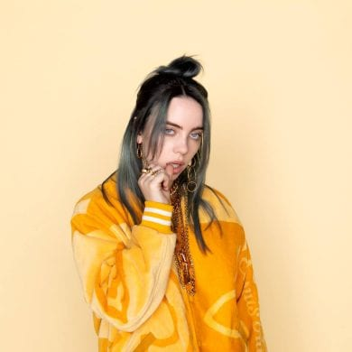 retrato da billie eilish EM CAPA DE NOVO ALBUM TITULO DO ALBUM