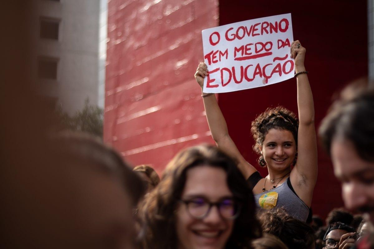 As Melhores Fotos da Manifestação contra o Corte na Educação