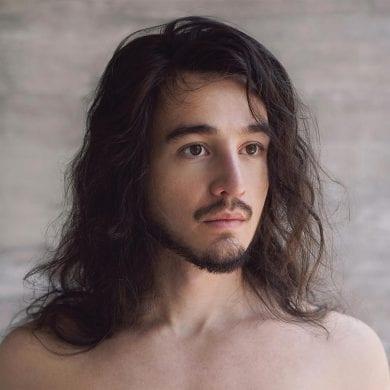 Capa do álbum 'Desconstrução', de Tiago Iorc