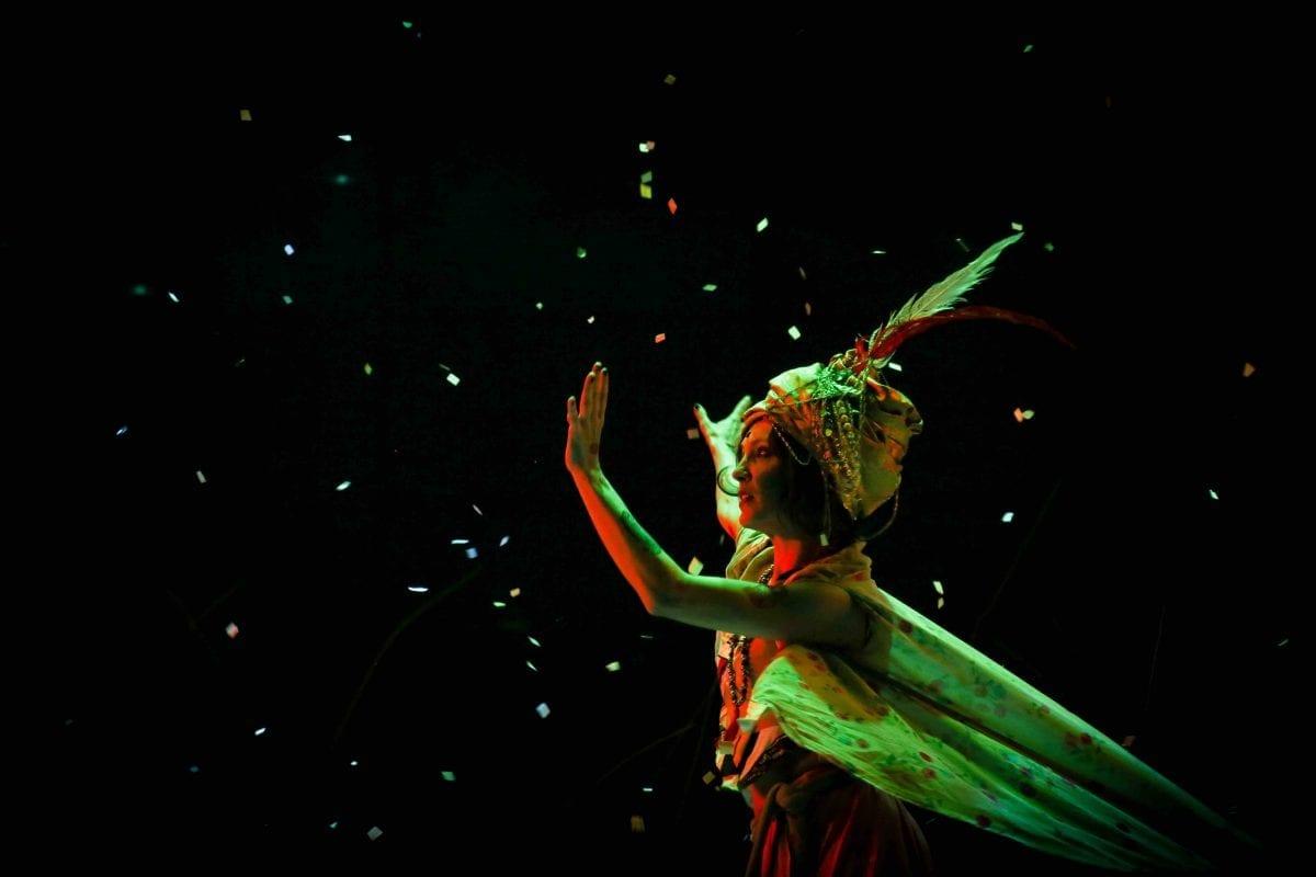 Banda Mirim encerra temporada do musical Buda no Teatro Procópio Ferreira