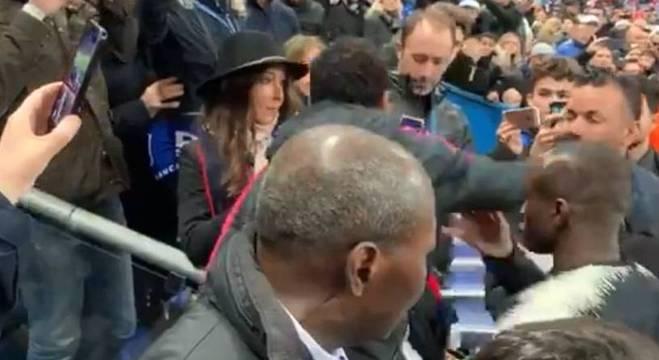 neymar soco em torcedor do Rennes