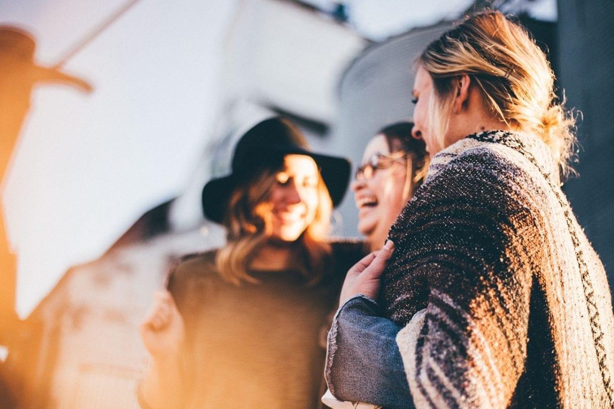 Dia do Amigo: Sugestões fofas de presentes e passeios