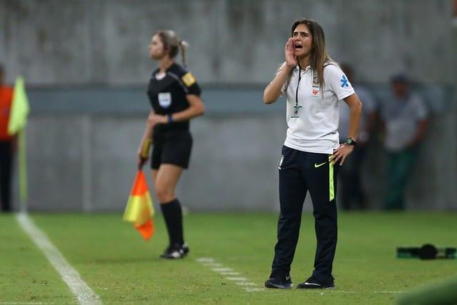 Mulheres no comando ainda são minoria no futebol feminino