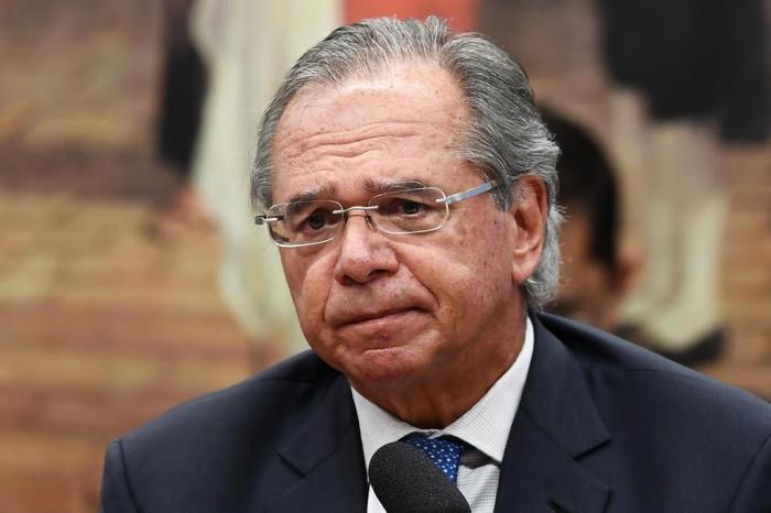 Paulo Guedes tem celular invadido: Hackers tem governo como alvo?