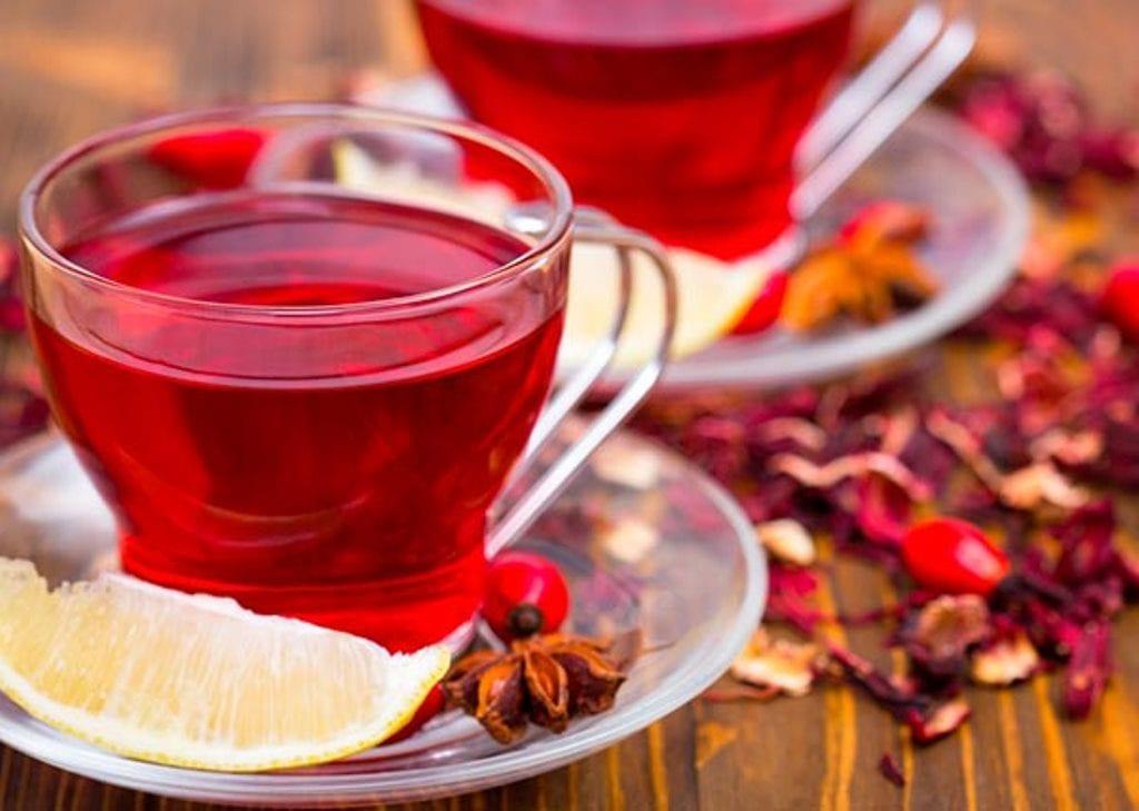 Chá de Hibisco pode ajudar no emagrecimento.