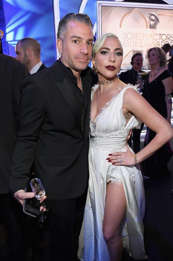 Lady Gaga terminou relacionamento de dois anos com o agente de talentos Christian Carino