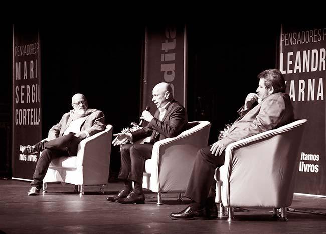 Mario Sergio Cortella, Leandro Karnal e Luiz Felipe Pondé em debate sobre felicidade