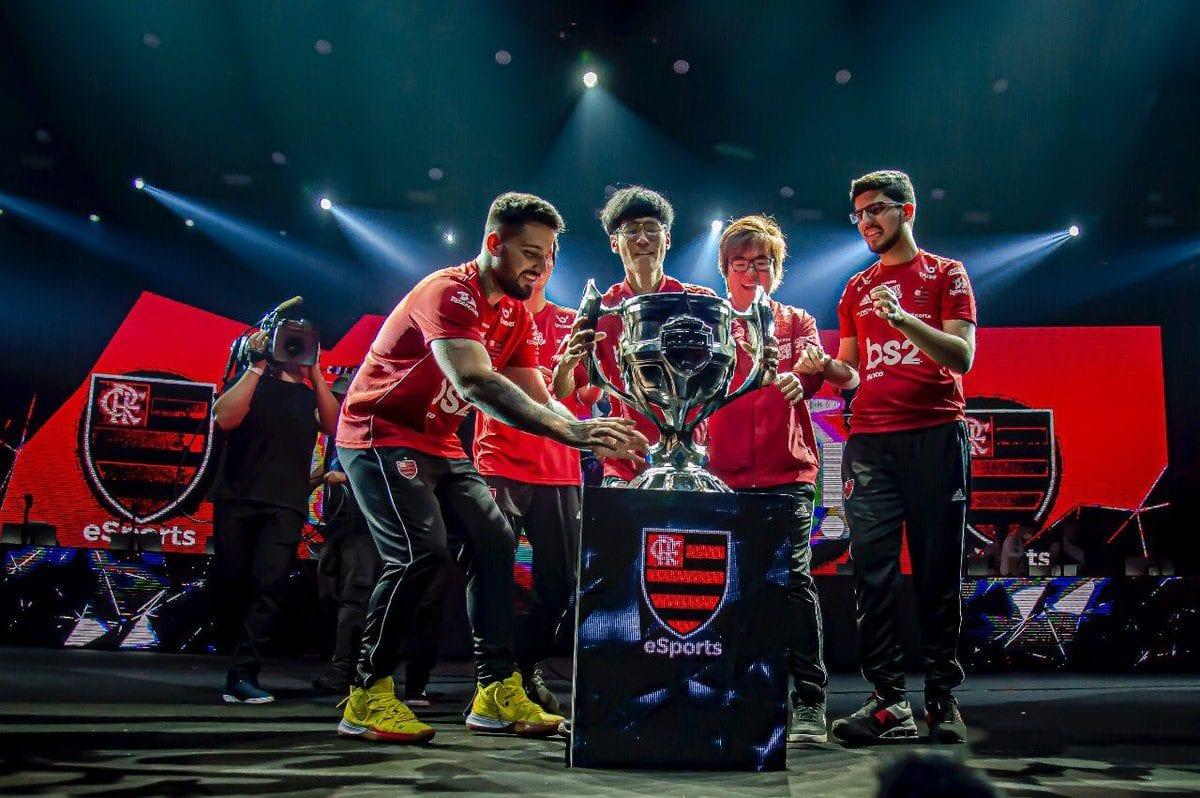 Flamengo vence INTZ e é campeão brasileiro de League of Legends