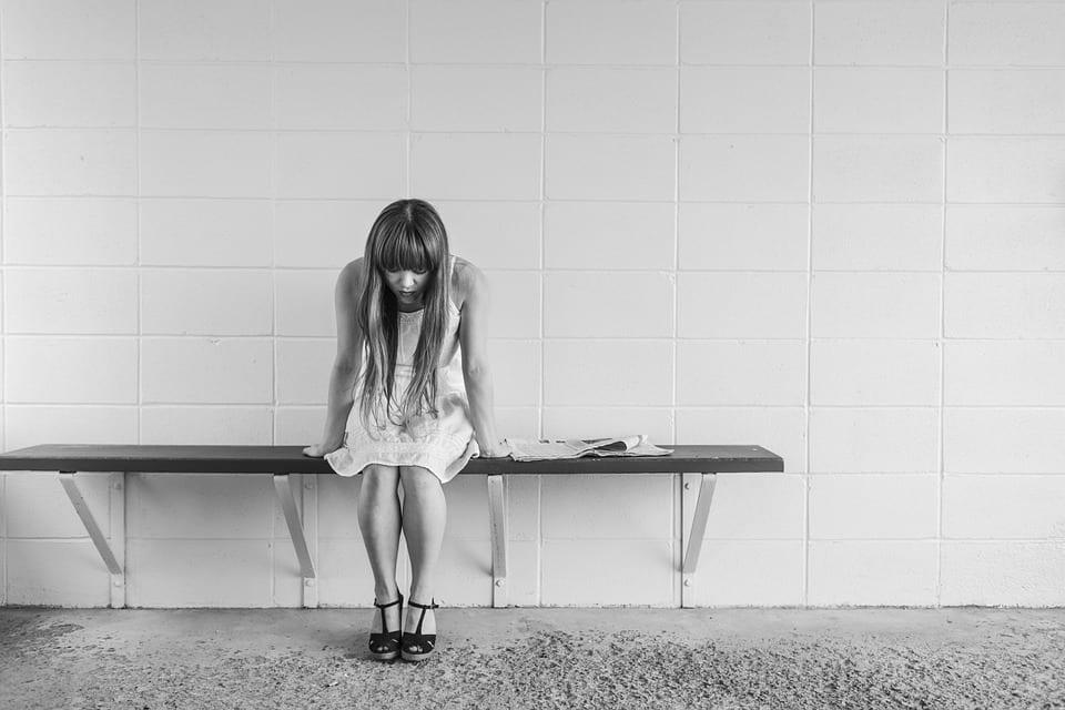 Saiba como reconhecer uma pessoa com depressão e ansiedade
