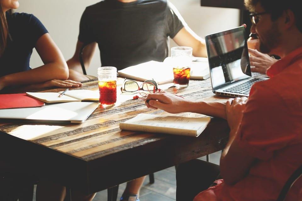 Nubank é a melhor startup para trabalhar, veja a lista completa