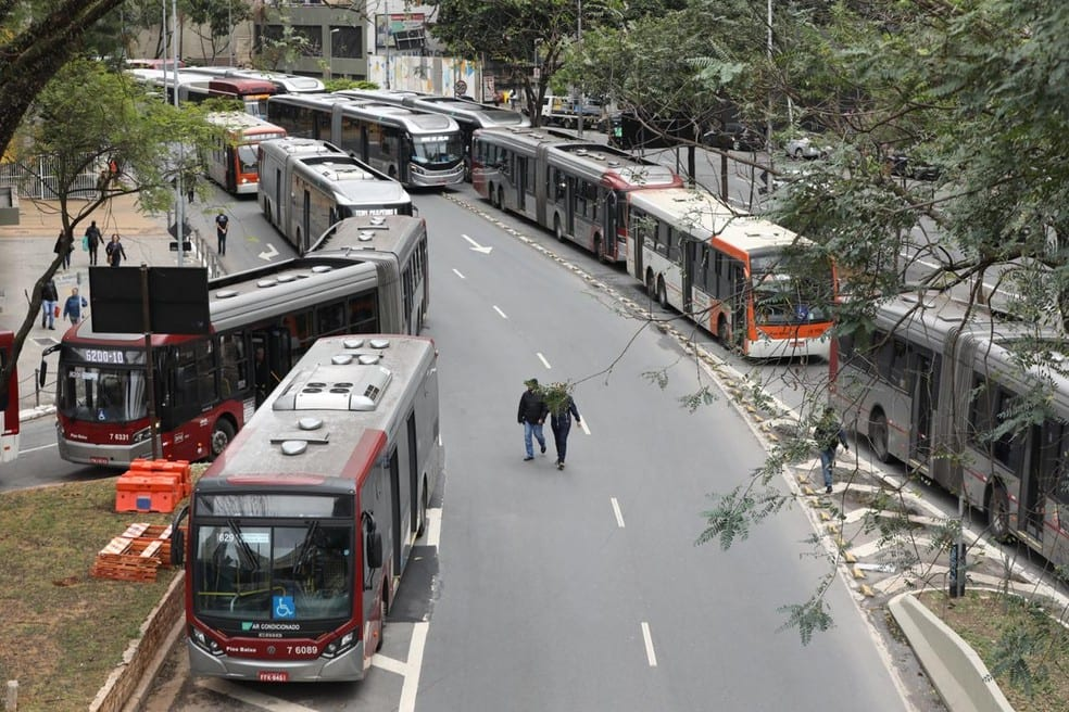 Greve dos motoristas de ônibus: Confira todos os terminais fechados