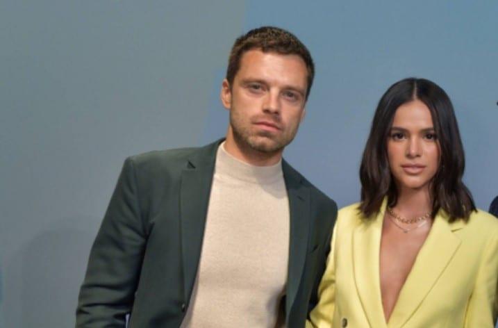 Sebastian Stan, de Vingadores, e Bruna Marquezine